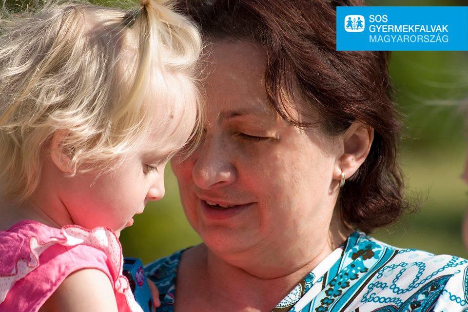 Nevelőszülőket képez Kecskeméten az SOS Gyermekfalvak