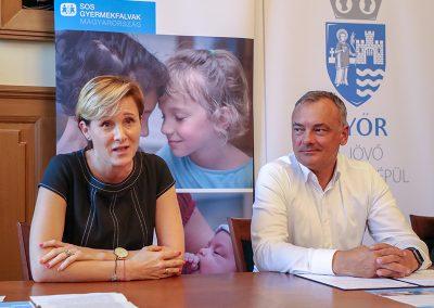 SOS gyermekfalu sajtótáj ojp (3) plusz